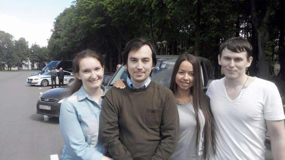 Зустрічали лише дружини: ГРУшники Єрофєєв і Александров прибули до Москви