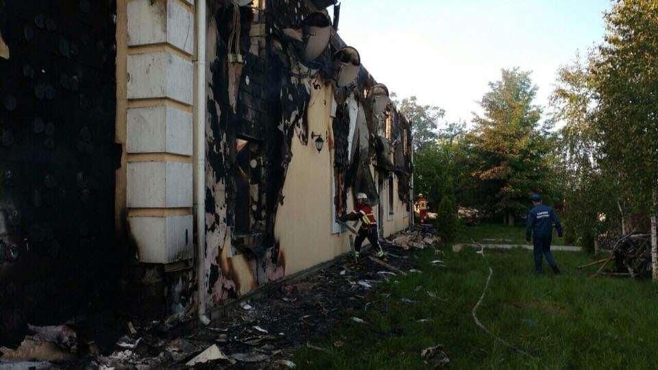 В Киевской области горел дом с пожилыми людьми