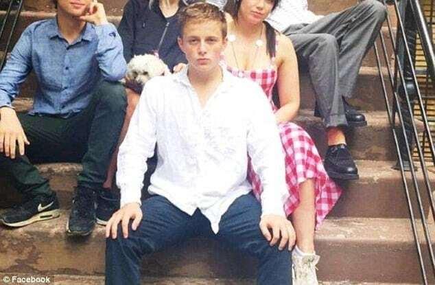 Кейт Мосс закрутила роман с 18-летним сыном своих друзей