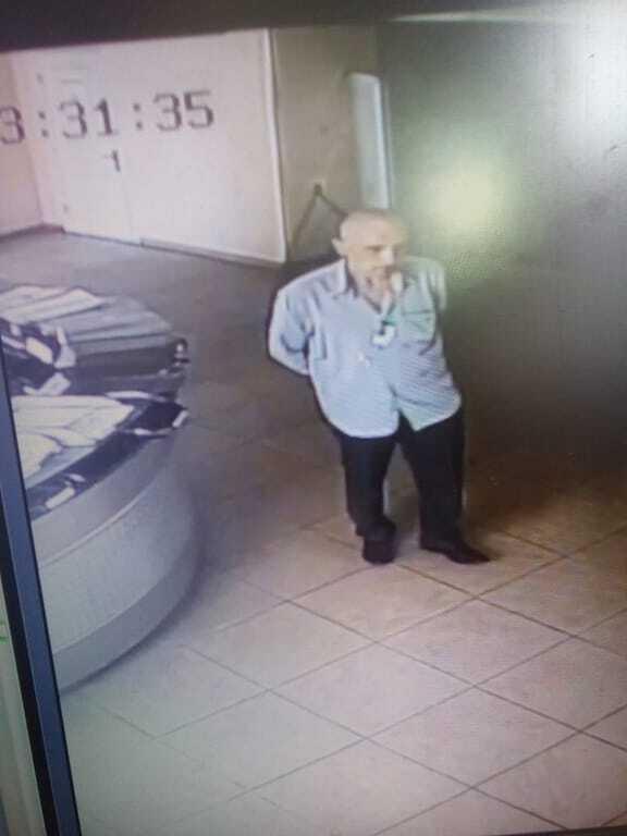 В Киеве засекли грабителя с бейджем