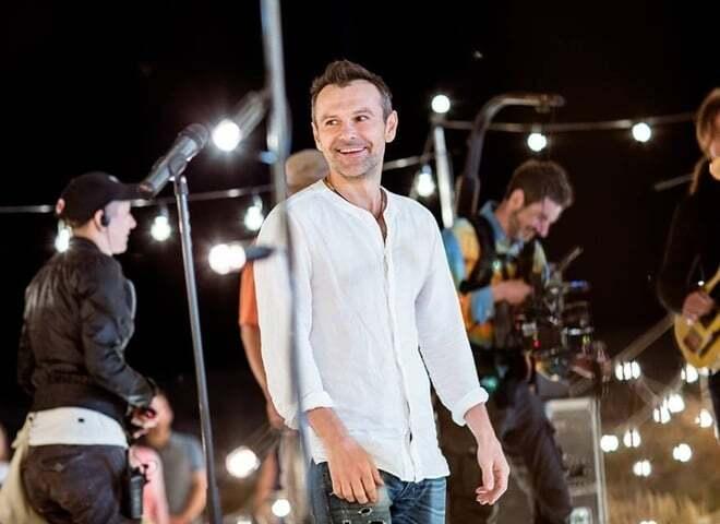 До мурашок: Вакарчук присвятив пісні Скрябіну і Маккартні на грандіозному концерті в Києві