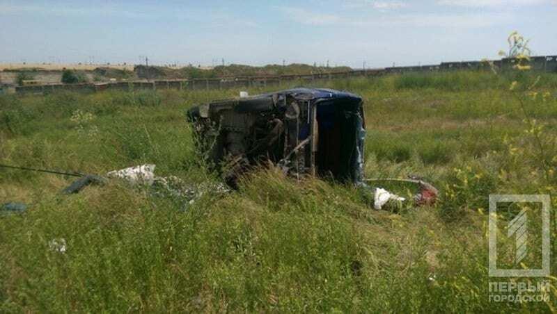 В Одессе пьяный водитель легковушки врезался в пассажирский автобус: пострадали дети