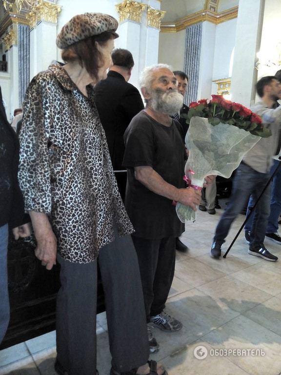 "Кардинал и нищие: ""заместитель"" Франциска встретился с малоимущими Киева"
