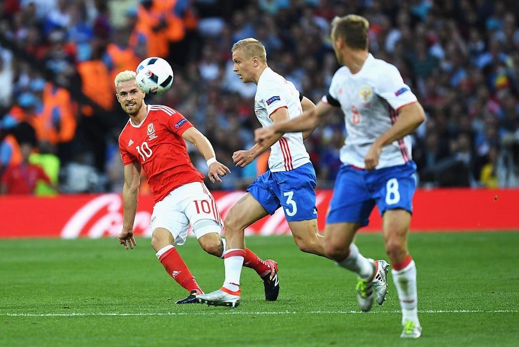 Россия разгромно проиграла Уэльсу и вылетела с Евро-2016