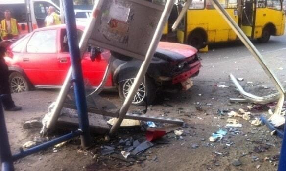 Смертельное ДТП на Петровке в Киеве: за рулем был 28-летний водитель