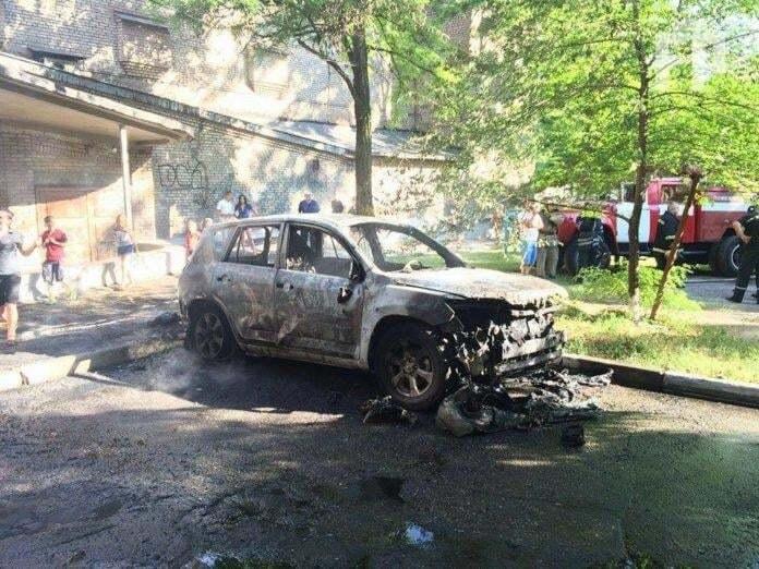 В центре Запорожье взорвался автомобиль
