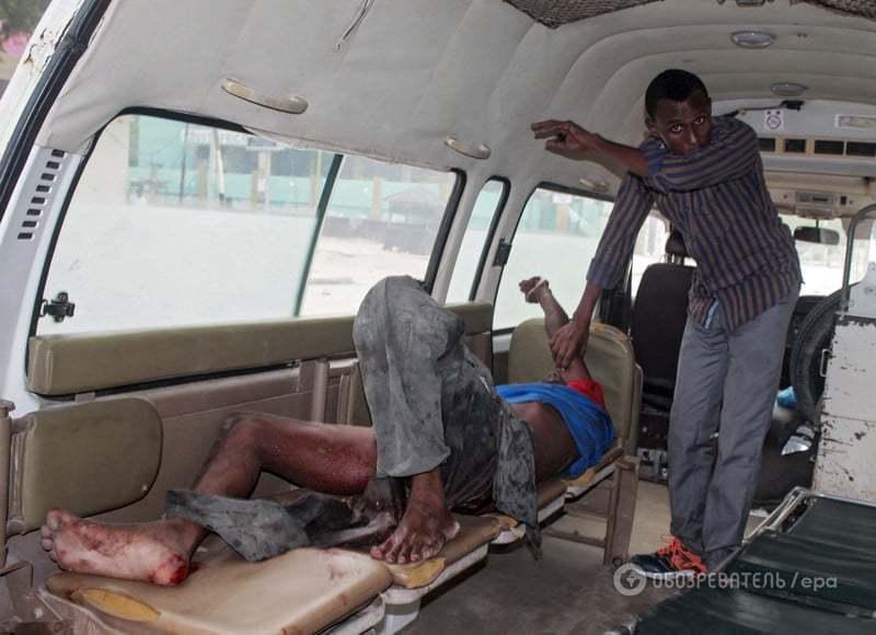 Атака смертников на отель в Сомали: погибли 15 человек