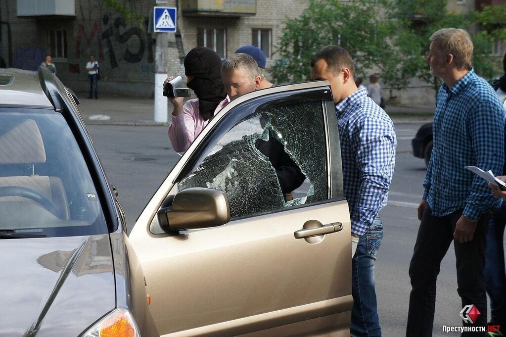 В Николаеве СБУ со стрельбой и погоней задержала помощника замгубернатора с $80 тыс.