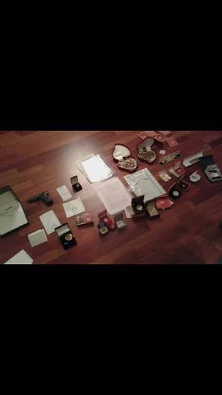 У миколаївського замгубернатора під час обшуку знайшли золото, чемодан доларів і фашистські хрести