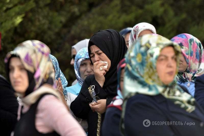 Горе без кордонів: у Туреччині почали прощання з жертвами кривавого теракту