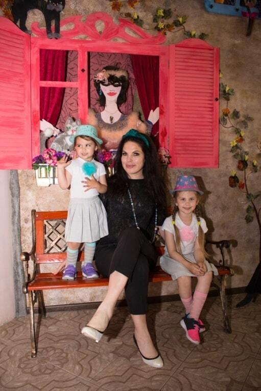 Влада Литовченко подарила путевку в лето ребенку из зоны АТО