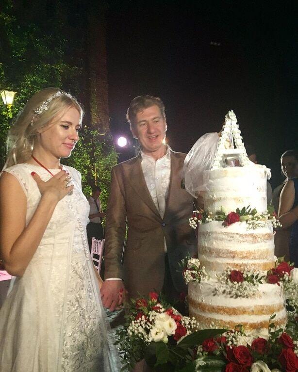Свадьба Никитина и Горбачевой: в сеть попали первые фото и видео с вечеринки