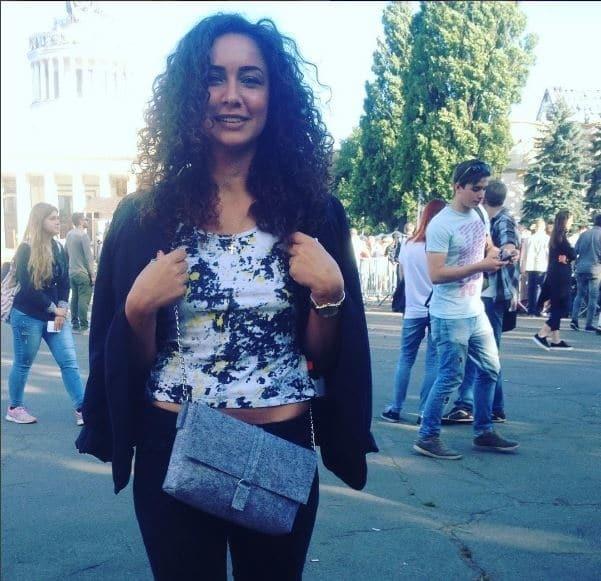 Мокра дівчинка: холостячка Анетті обіймалася з екс-бойфрендом Седокової