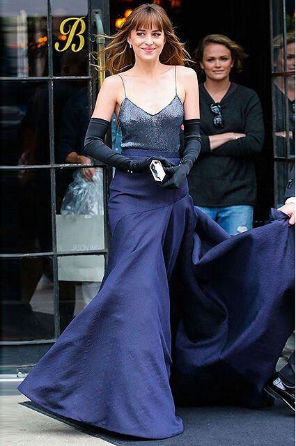 """""""Нет!"""" бюстгальтеру: смелые выходы в свет Энистон, Джоли и других звезд"""