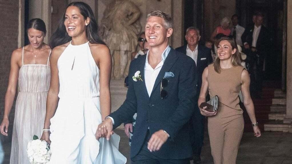 Футболист сборной Германии женился на самой красивой теннисистке мира