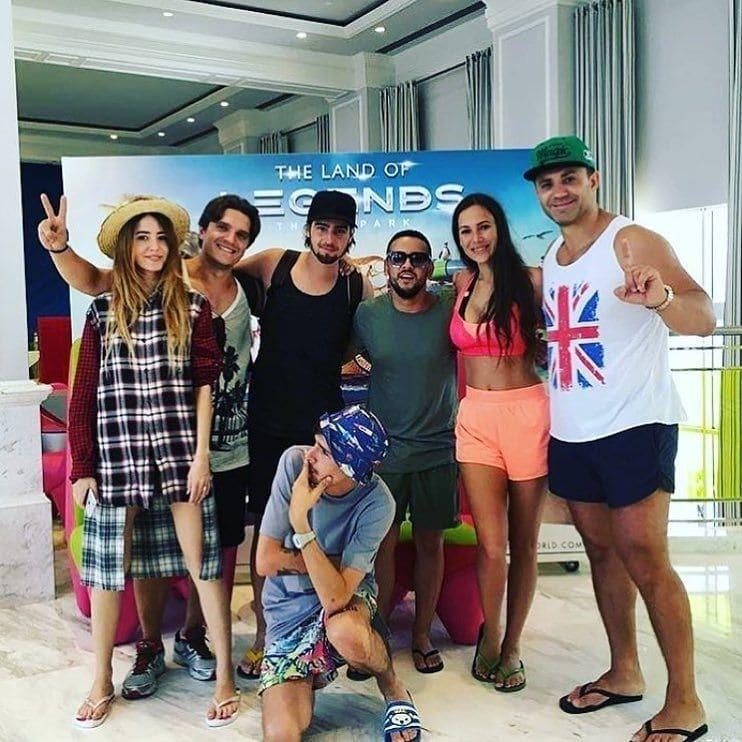 Банда на отдыхе: Николай Тищенко устроил в Турции украинскую вечеринку
