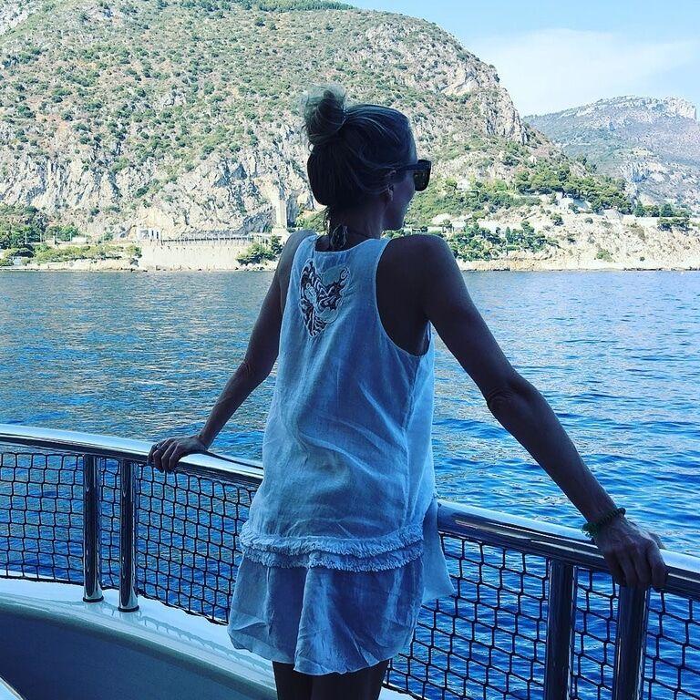 Светлана Бондарчук наслаждается отдыхом на Ибице