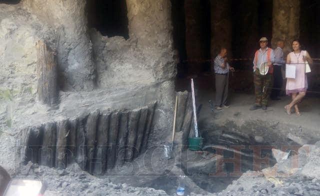 Из раскопанных в Киеве сооружений времен Руси предложили создать памятник