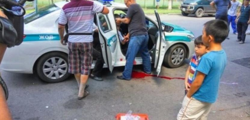 Стрілянина в Алма-Аті: невідомі влаштували стрілянину у місті. Є загиблі і поранені