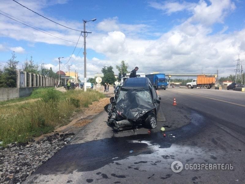 В ДТП под Киевом погибли две женщины