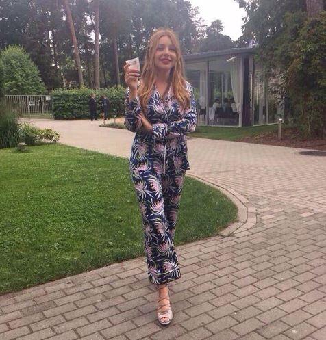 Тина Кароль засветила новое кольцо на безымянном пальце