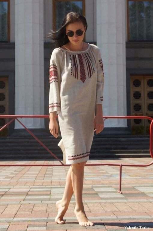 Анастасія Приходько прогулялася Києвом у вишиванці