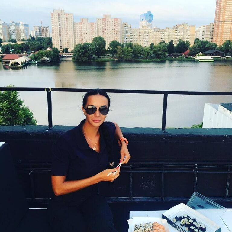 Полицейская Людмила Милевич показала изуродованные ноги