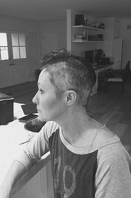 """""""Она настоящий боец"""": Джейсон Пристли поддержал больную раком Шэннен Доэрти"""