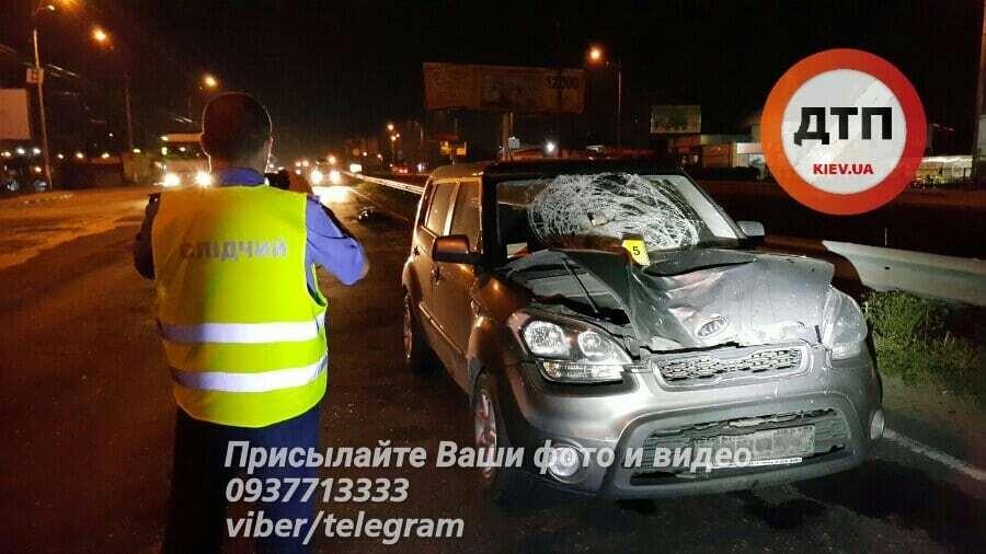 Мимо продолжали бегать нетрезвые прохожие: в Киеве в ДТП погиб пьяный пешеход