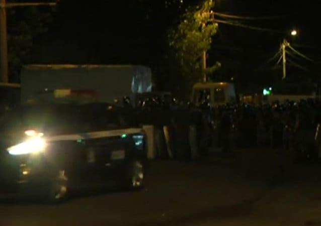 Стрілянина і вибухи: в Єревані між поліцією і демонстрантами сталося зіткнення