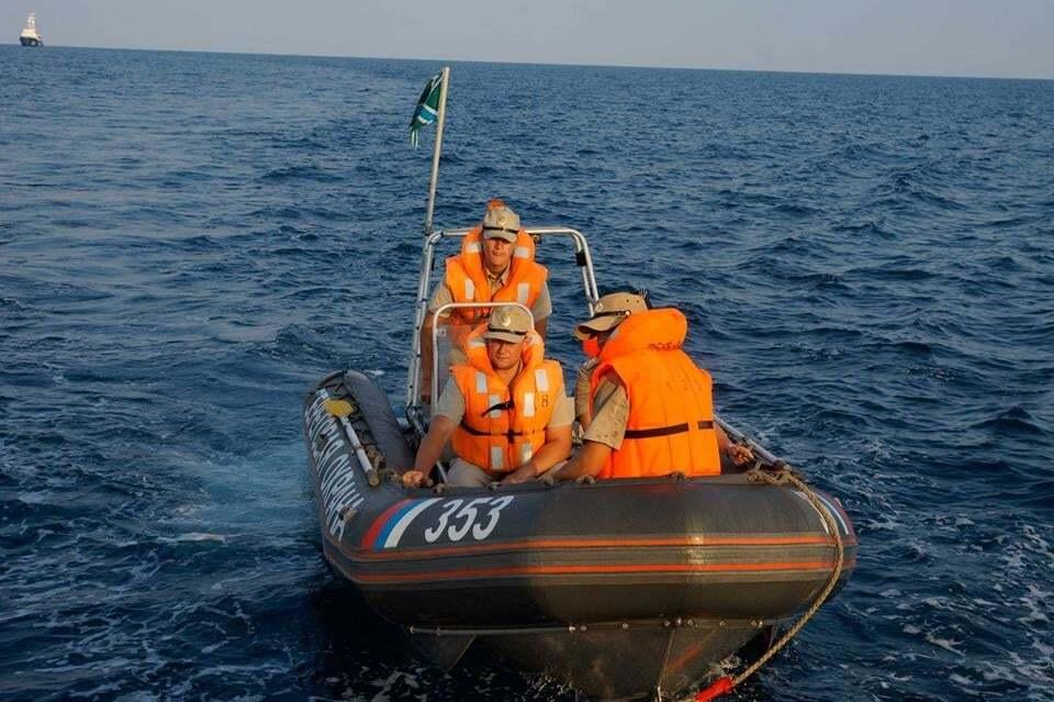 """""""Русское море?"""": российские пограничники задержали украинскую яхту в нейтральных водах Черного моря"""