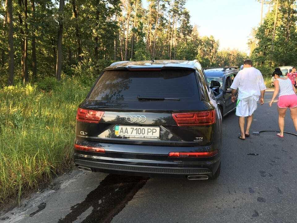 Київський фотограф із сім'єю потрапив у лобову ДТП: п'яний водій втік