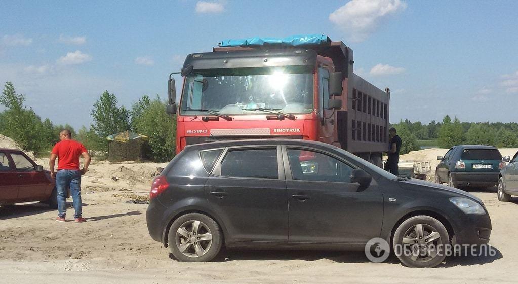 Журналісти зупинили незаконний видобуток піску в Київській області