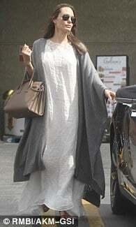 Анджелина Джоли и Бред Питт впервые за долгое время появились на публике