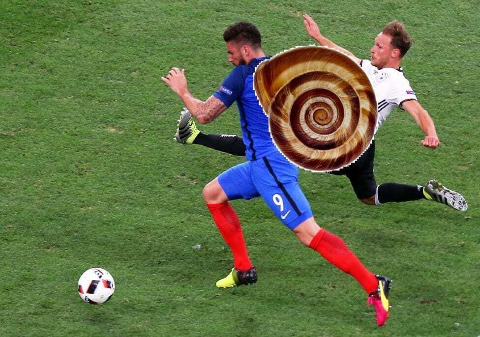 """Євро-2016. """"Чому не чухав?"""" Мережа вибухнула мемами про півфінали турніру"""