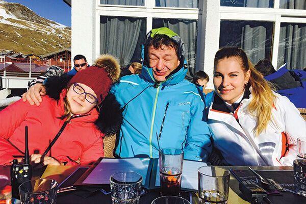 Сыну Марата Башарова звезды спорта приготовили роскошные подарки