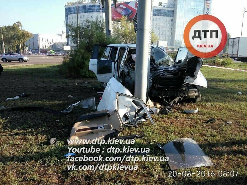 Погоня и пострадавшие: в Киеве произошло жесткое пьяное ДТП