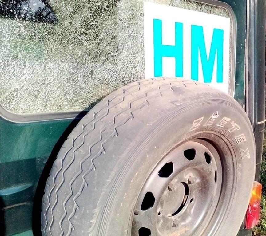 """Террористы """"ДНР"""" обстреляли авто украинских представителей СЦКК"""
