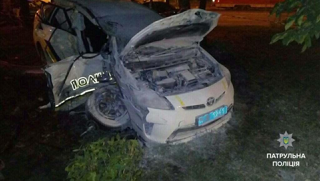 В полиции Киева сообщили подробности ДТП с патрульным авто