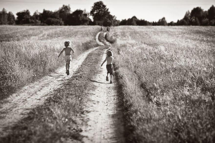 Картинка уходящего детства