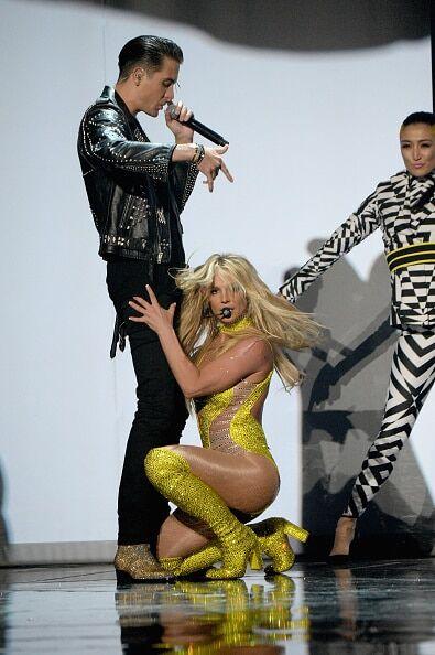 Бритни Спирс в ультраоткровенном боди поразила зрителей MTV VMA 2016