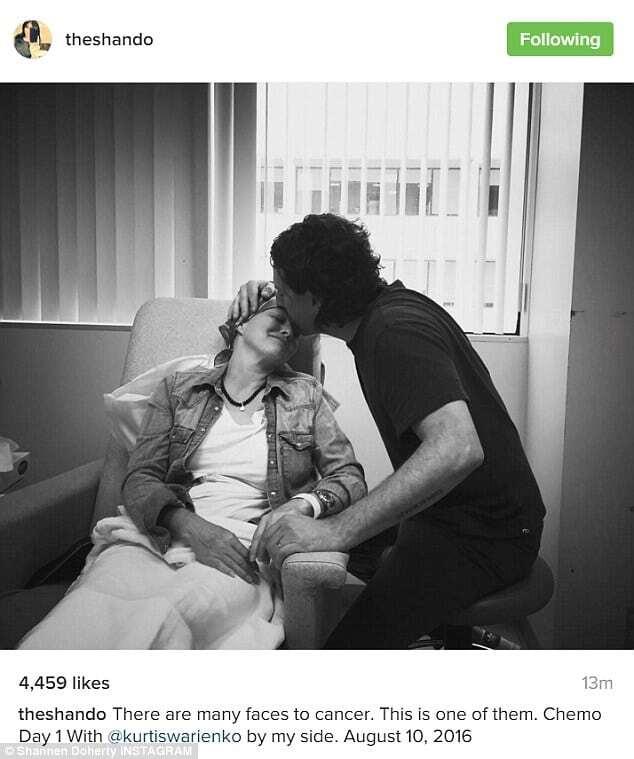 """Один день химиотерапии: звезда """"Беверли Хиллз"""" поделилась душераздирающими снимками"""
