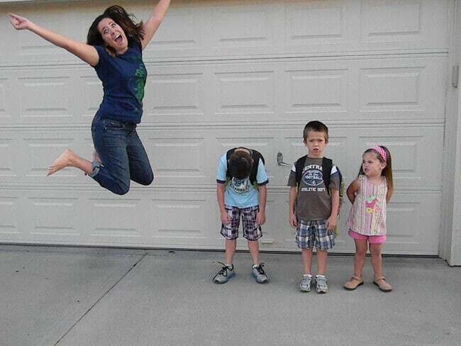Снова в школу: как родители радуются возвращению детей за парты