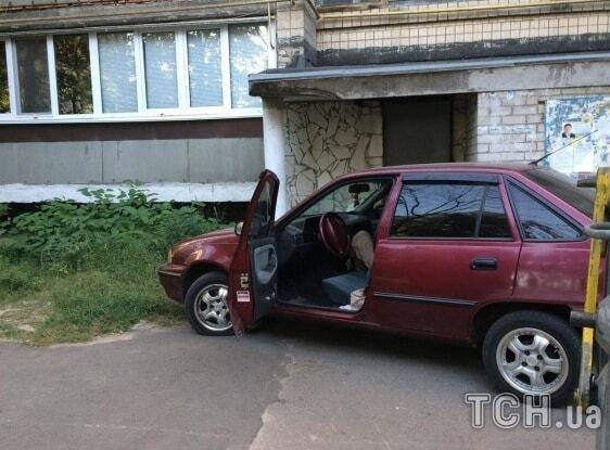 В Киеве в автомобиле нашли мертвого мужчину