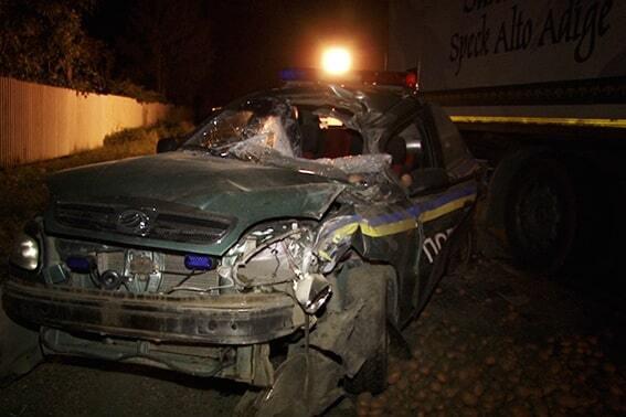 В Ивано-Франковской области фура насмерть сбила полицейского