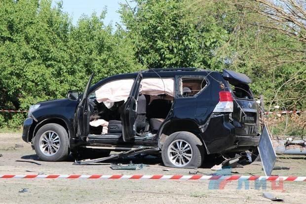 """В """"ЛНР"""" подорвали авто Плотницкого: все подробности покушения, фото, видео"""