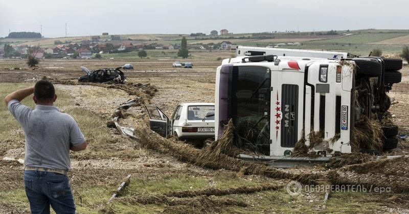 У Македонії від потопу загинули близько 15 осіб