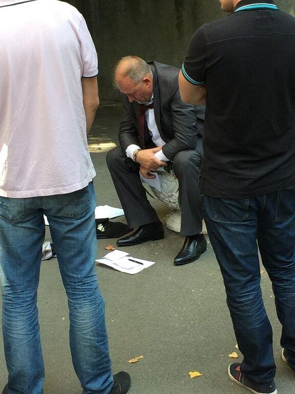 В Киеве возле АП задержали взяточника