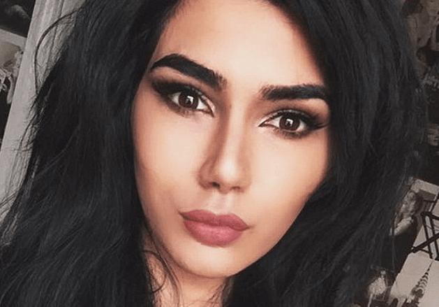 Британский подросток-трансгендер стал копией Ким Кардашьян: шокирующие снимки трансформации