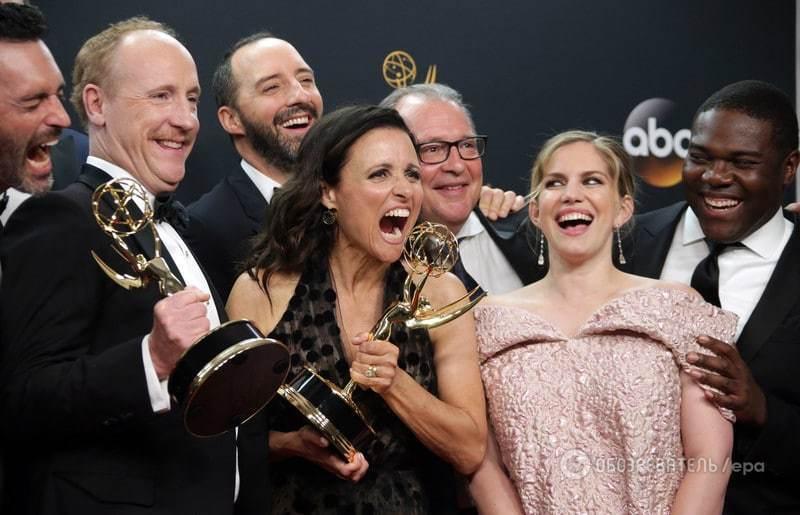 """Рекорд """"Игры престолов"""" и очередной успех """"Шерлока"""": в США вручили премию """"Эмми"""""""